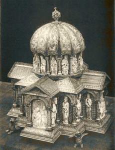 Significato del Cerchio - Reliquiario del tesoro dei Guelfi - Colonia - XII secolo